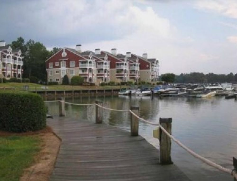 Lake Norman Short Sale Waterfront Condos For Sale